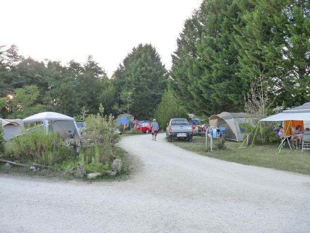 Location emplacement camping caravaning dordogne