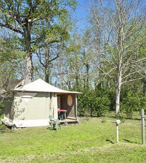 extérieur bungalow camping la sagne
